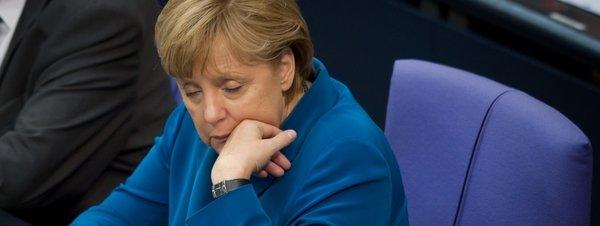 Merkel-en-el-Bundestag_54317470179_51351706917_600_226.jpg