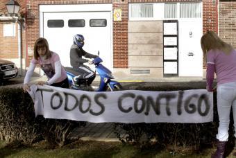 Pancarta_apoyo_Marta_Dominguez.jpg