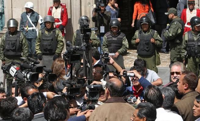 Protesta-periodistas-Bolivia-e1346275146666-655x396.jpg
