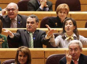 Senadores_populares_pasado_miercoles_senado.jpg