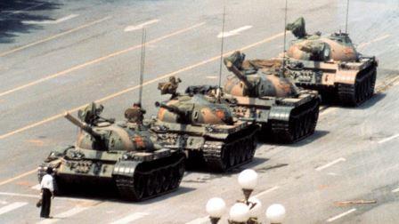 hombre-tanque.jpg